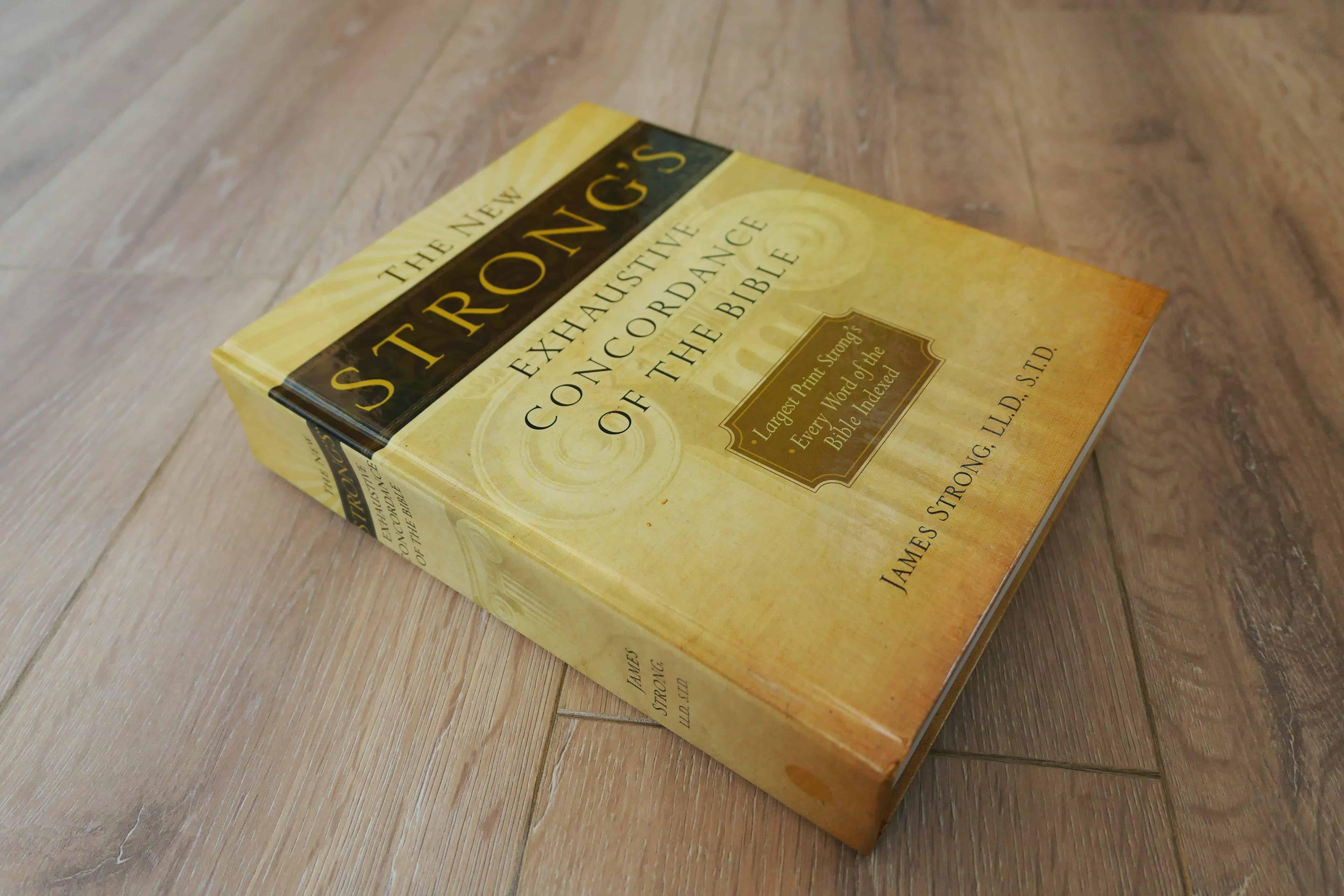 The New Strong's Exhaustive Concordance of the Bible, Concordantie voor KJV 1611 .jpg